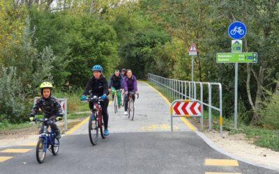 Átadták a Budapest és Szentendre között épült kerékpárutat