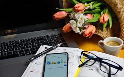 Sok helyen marad az irodai munka és a home office közti ingázás