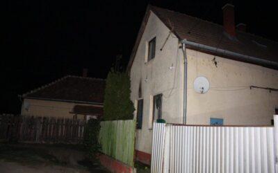 Molotov-koktélt dobtak a házára