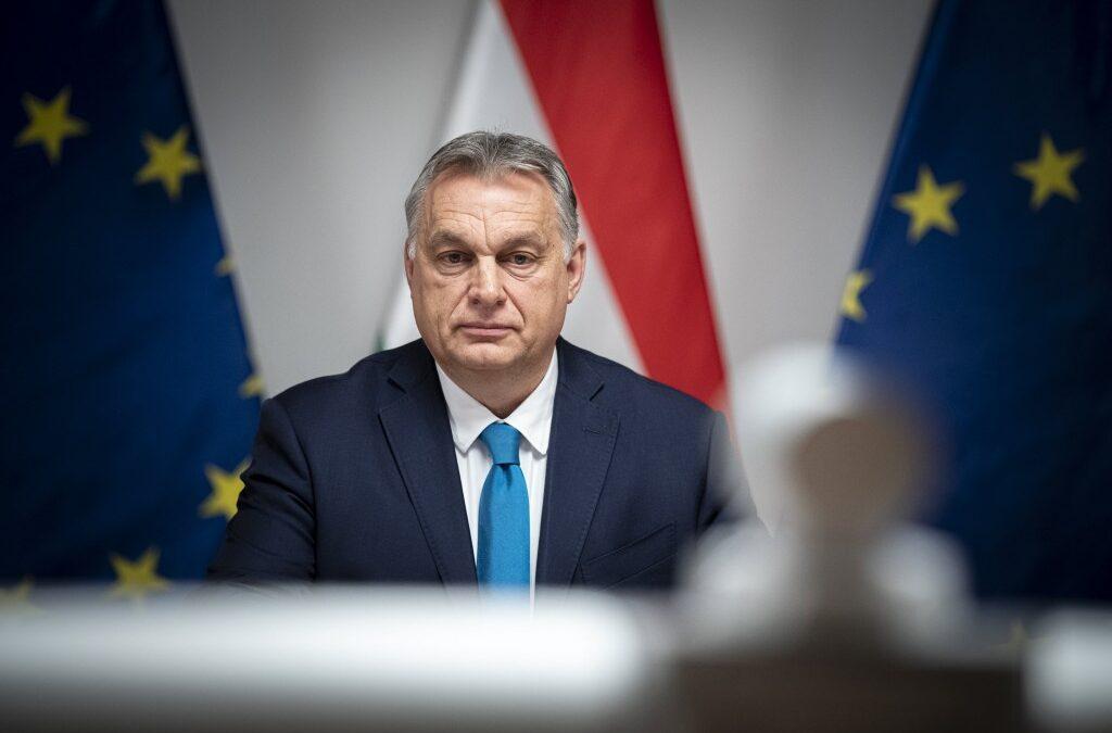 Bloomberg: bevásárol egy Orbánhoz lojális vállalkozói elit